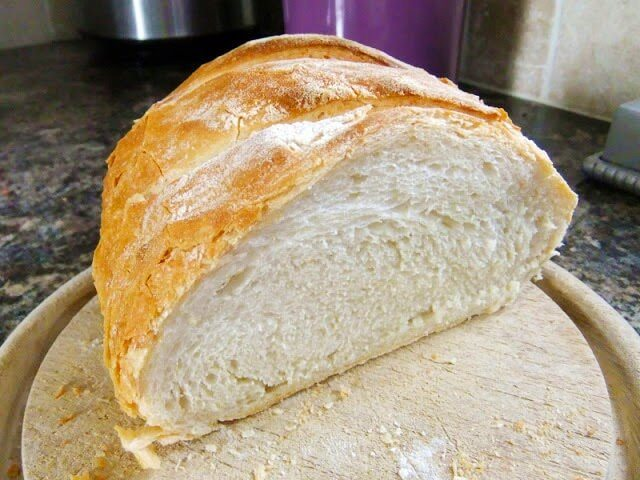 The Good White Loaf – How to make Homemade Bread