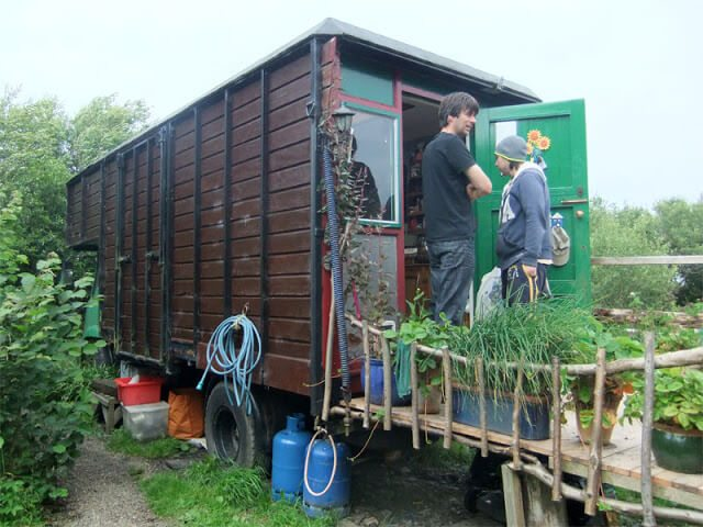 Low Impact Living - life on a Permaculture Homestead #smallhomes