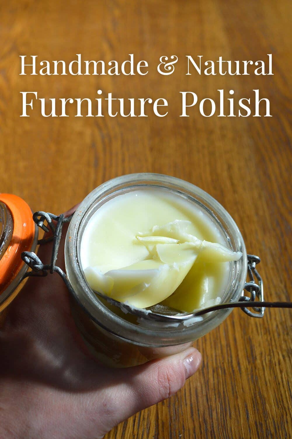 Recipe for natural beeswax furniture polish