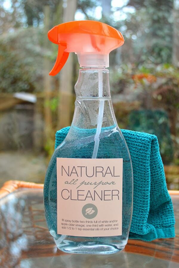 DIY Natural All Purpose Cleaner recipe - simple ingredients and both eas and inexpensive to make! #cleaning