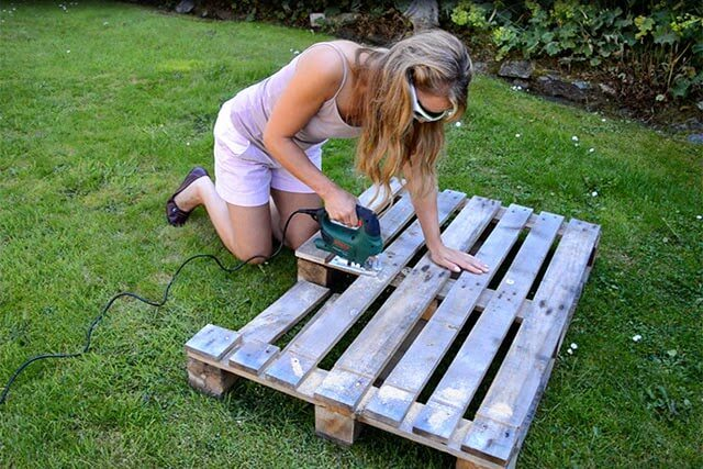 Pallet project diy trugs wood planters lovely greens - Diy projects with wooden palletsideas easy to carry out ...
