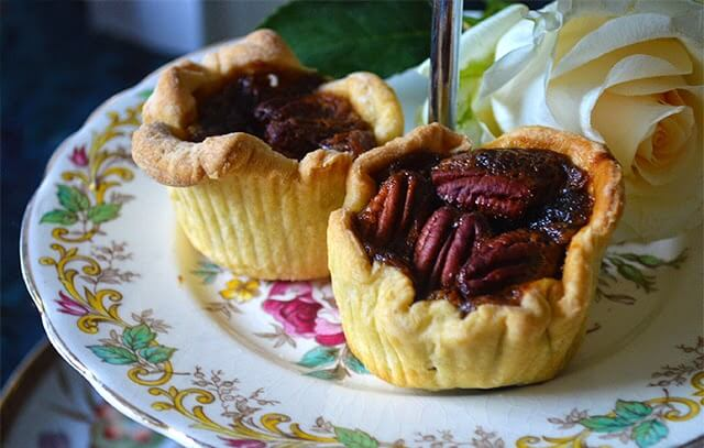 Mini Pecan Pies for Holiday Parties