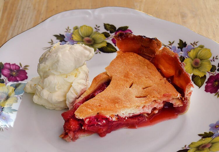 Strawberry & Rhubarb pie recipe