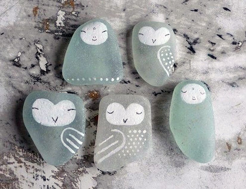 30 sea glass ideas projects lovely greens diy sea glass candle sea glass painted as birds solutioingenieria Gallery