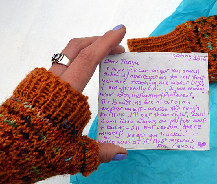 Half-mittens are useful for those who need to work with their hands but keep them warm in the winter. Here's how to make them with natural wool.