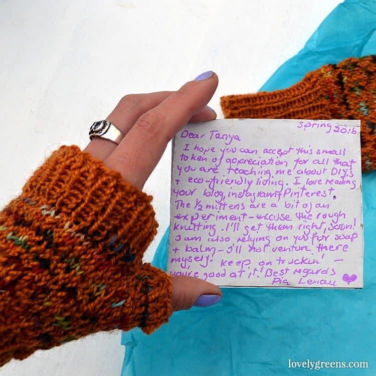 Knitting Half-Mittens