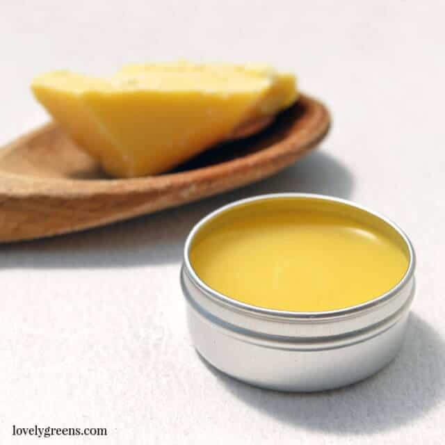 Vanilla & Cocoa Butter Lip Balm recipe + diy instructions