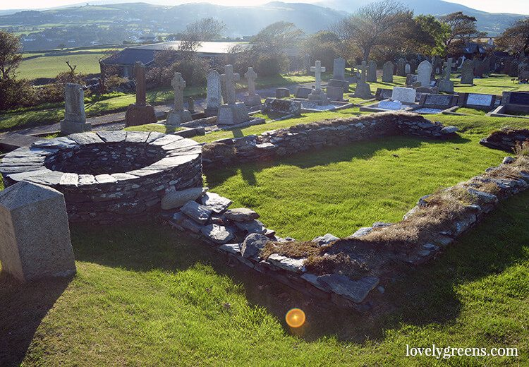 14 Ancient and Neolithic sites to visit on the Isle of Man #isleofman #ancientmonuments