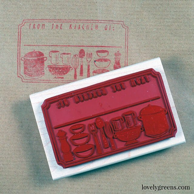 12 Juicy summer berry recipes and DIYs: hand-stamped preserve labels