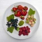 12 Juicy Summer Berry recipes and DIYs