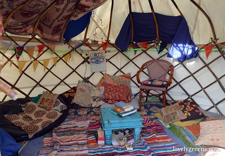 Dark Horse Music & Arts Festival 2016: Yurt interior