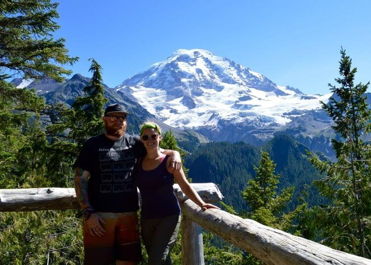 Hiking the Mother Mountain Loop trail in Mount Rainier National Park