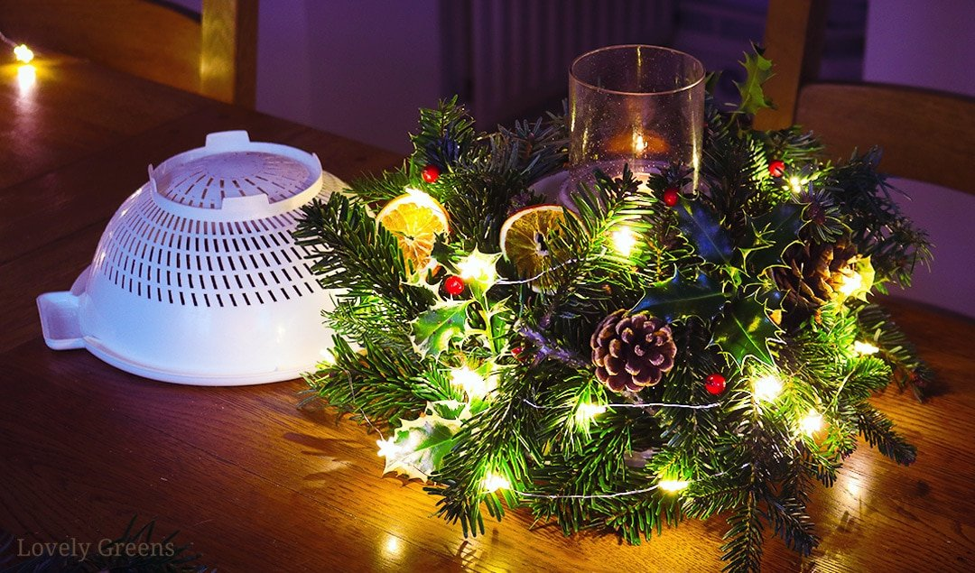 How to make a Christmas Table Decoration using a Colander
