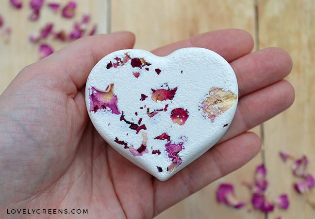DIY Gift Idea: Make Rose & Geranium Aromatherapy Gift Sets for under $8
