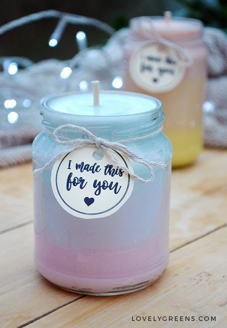 DIY Ombre Candles -- as the gradient changes, so does the fragrance #ombre #candle #mermaid