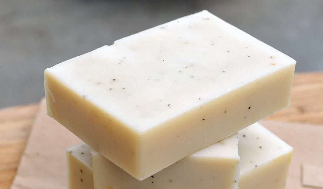 Recipe for Natural Bergamot + Earl Grey soap. Blended with uplifting essential oil and flecks of Earl Grey tea