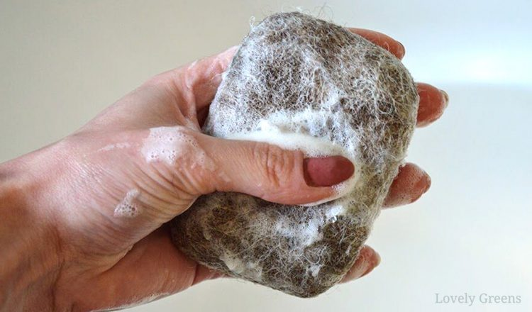 How to Felt Soap: a natural wash cloth that's great for your skin