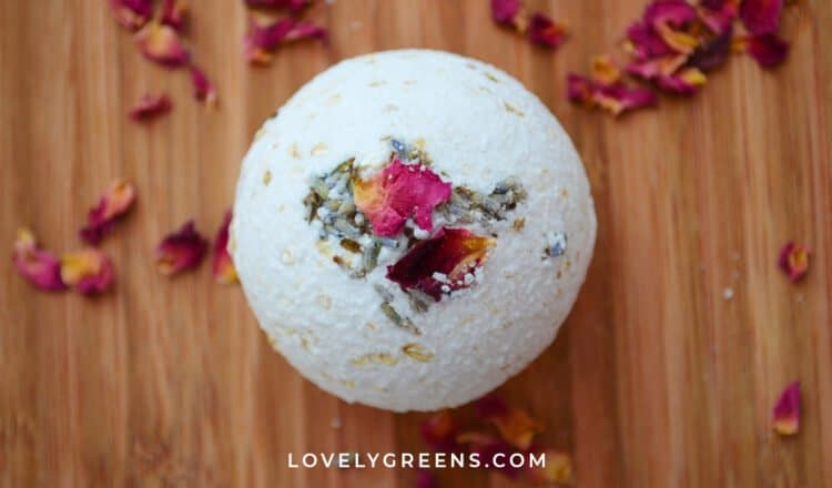 How to make Rose, Lavender, & Oatmeal Bath Bombs