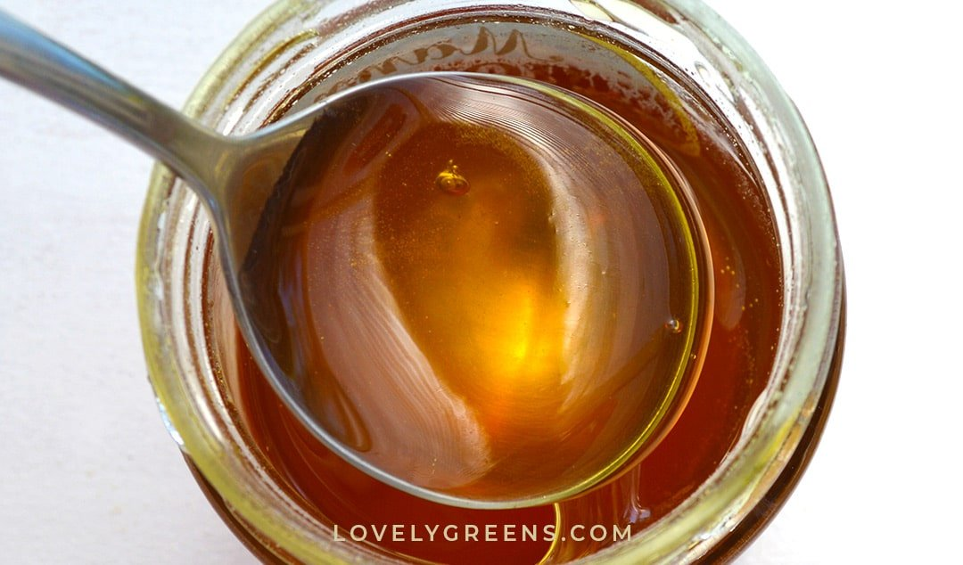 50+ Wholesome Uses for Honey in Skincare, Food, and Wellness Recipes