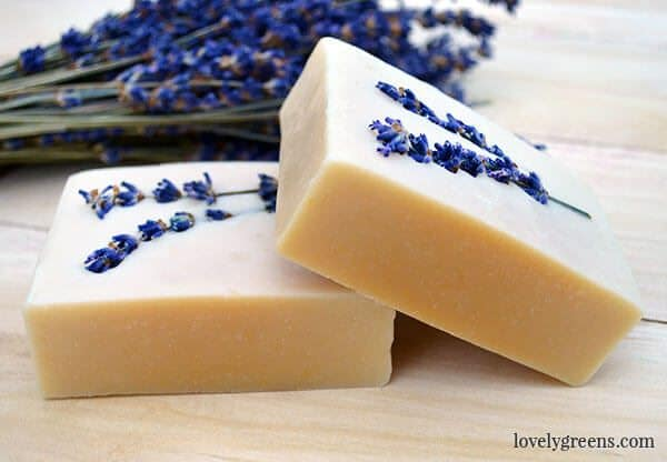 Use honey to naturally color soap