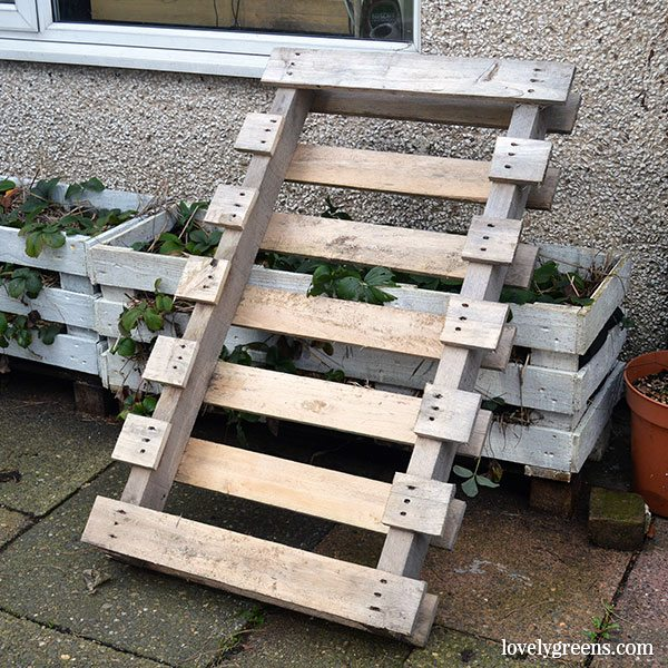 Diy Pallet Wood Potting Bench Lovely Greens