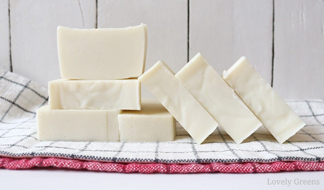 Eco Friendly Cold Process Soap Recipe Instructions Lovely Greens