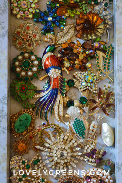 An introduction to a private vintage jewelry collection. Pieces from the 17th century, the Victorian era, and the 1980s, and all found in secondhand shops #vintagejewelry #jewelrycollection